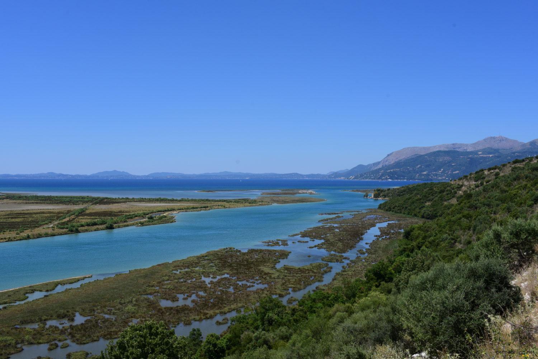Ruinenstadt Butrint - Vivar-Kanal mit Blick auf Korfu