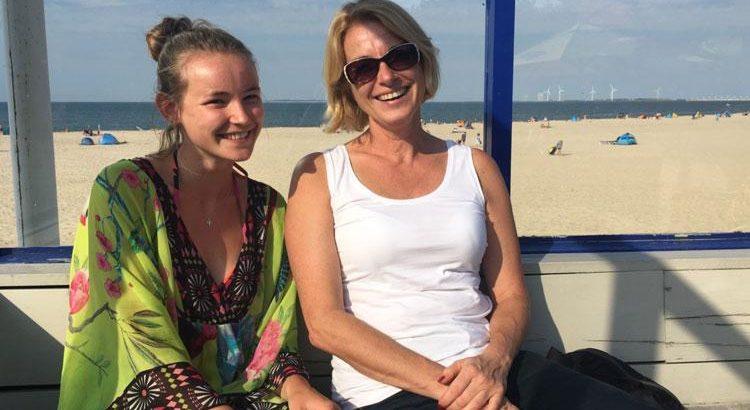 vrouwenpolder strandbar strandpavillon breezand